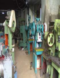 Used Machinery & Tools Supplier