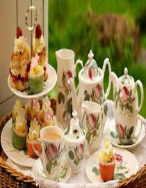 Teapot, Coffee Mugs & Tea Sets