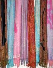 Scarves, Shawls, Stoles, Bandanas Supplier