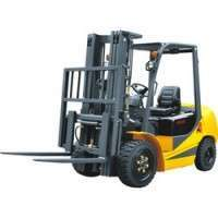 Engine Powered Forklift