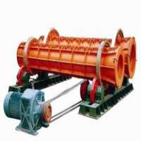 Cement pipe making machine