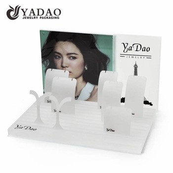 Yadao acrylic jewelry display stand cabinet