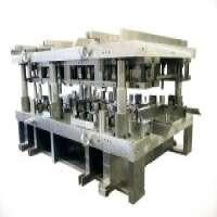 plastic die and metal die  Manufacturer