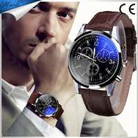 Fashion Glass Analog Leather Men Watch