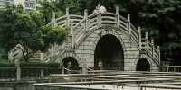 stone bridgegate frame and stone columns