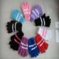 Knitted glove in various styles and colors of acrylic Manufacturer