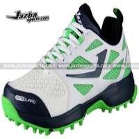 A multipurpose air sports men cricket shoes cricket shoes men rubber spike Manufacturer